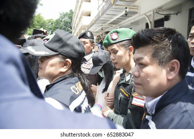 "04 June 2017: Chiangrai Thailand: Preeyanuch ""Preaw"" Nonwangchai,Kawita ""Earn"" Ratchada and Apiwan ""Jae"" Sattayabundit murderer captured in tachilek myanmar in the murder of karaoke bar worker"