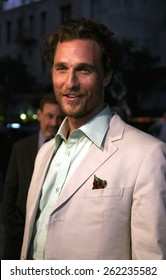 "04/04/2005 - Hollywood - Matthew McConaughey at the ""Sahara"" Premiere at the Grauman's Chinese Theater."
