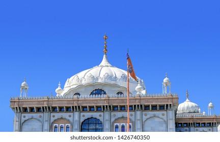 05.01.2018. Kent, UK. Guru Nanak DarbarGurdwara, the magnificent sikh temple ( Gurdwara )  in Gravesend Kent