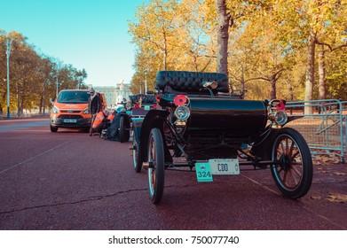 05/11/2017 LONDON, UK, RAC Breakdown Service durning LONDON TO BRIGHTON VETERAN CAR RUN 2017
