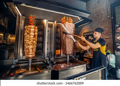 05/26/2019 Istambul, Turkey, shawarma traders on İstiklal st.