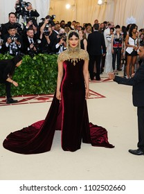 "07 May 2018 - New York, New York - Priyanka Chopra. 2018 Metropolitan Museum of Art Costume Institute Gala: ""Heavenly Bodies: Fashion and the Catholic Imagination"