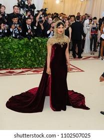 "07 May 2018 - New York, New York - Priyanka Chopra. 2018 Metropolitan Museum of Art Costume Institute Gala: ""Heavenly Bodies: Fashion and the Catholic Imagination"