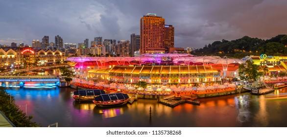 07/07/201Clake quay by night, Singapore