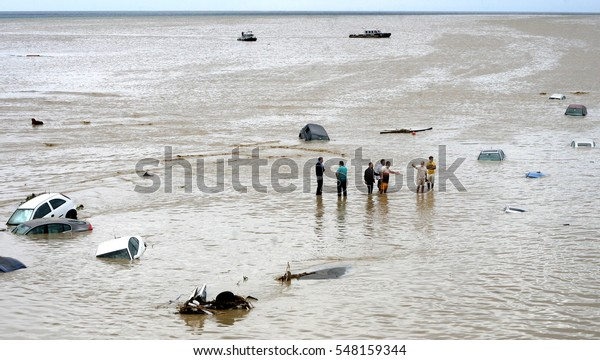 08 September 2009, silivri Istanbul. Floaded cars seen in  Marmara sea as people looking for their rlost relatives after heavy rain caused fload.