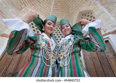 08.08.2014, Uzbekistan, Bukhara, Uzbek women at a party