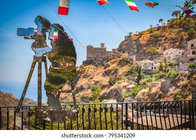 09 August 2013 - Savoca (Italy) - Sculpture dedicated to F.F. Coppola, created by the maestro Nino Ucchino.
