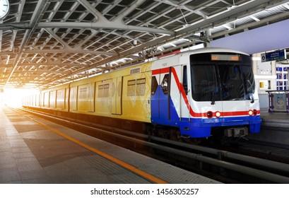 09/07/2019 : BTS Skytrain running on Silom Line.