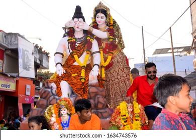 09-10-2019. Dewas, Madhya Pradesh, India. panoramic tableau of indian hindu god shiva and parvati. mahashivratri, hindu festival