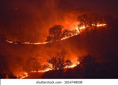 09/14/2020,USA:Authorities in California, where 24 people have died since 15 August, reported on Sunday that firefighters were working to contain 29 major wildfires across the state.