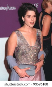 09DEC98:  Actress NEVE CAMPBELL at the 9th Annual Fire & Ice Ball in Hollywood to benefit the Revlon/UCLA Women's Cancer Research Program.   Paul Smith / Featureflash
