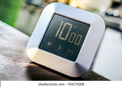 10 Minutes - Digital Chrome Kitchen Timer On Wooden Table