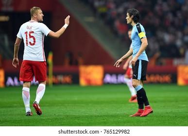 10 NOVEMBER, 2017 - WARSAW, POLAND: International Friendly game before World Cup Rusia 2018 Poland - Uruguay o/p Kamil Glik (Poland) Edinson Cavani (Uruguay) discussion