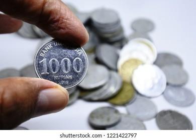 1000 indonesian rupiah coin