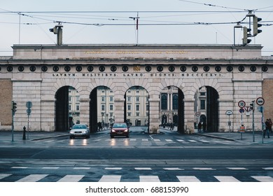 10.01.2016 Äußeres Burgtor (Outer Gate) leading to Hofburg imperial palace, Vienna, Austria in Winter.