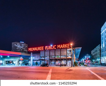 10-08-17,milwaukee,wi,usa. : milwaukee public market at night,wisconsin,usa.
