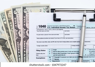 Tax Refund Background Images, Stock Photos & Vectors
