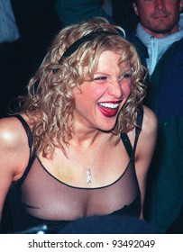"""10FEB99:  Pop star/actress COURTNEY LOVE at the premiere of her new movie """"200 Cigarettes"""" a comedy set in New York on New Year's Eve 1981.  Paul Smith/Featureflash"""