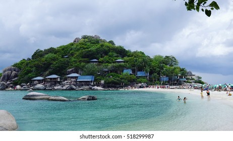 12 NOV 2016 Nang Yuan Island, Surat Thani, Thailand view of the island with blue ocean water and tourist doing activity around beach
