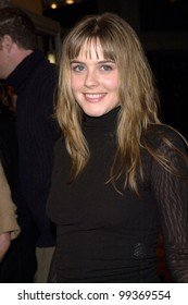 """12DEC99:  Actress ALICIA SILVERSTONE at the Los Angeles premiere of """"The Talented Mr. Ripley.""""  Paul Smith / Featureflash"""