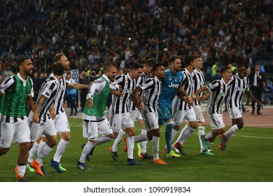 13.05.2018. Stadio Olimpico, Rome, Italy. Serie A. AS Roma vs FC Juventus.Juventus celebrates its seventh  Scudetto at the end  Serie A football match As Roma vs Juventus at Stadio Olimpico in Rome.