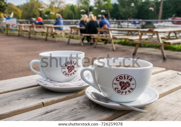 13112016 Medway Uk Costa Coffee Cups Stock Photo Edit Now