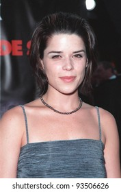"13JUL99:   Actress NEVE CAMPBELL at the world premiere, in Los Angeles, of  ""Eyes Wide Shut"".  Paul Smith / Featureflash"