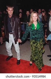 """13OCT98:  Actress LAUREN HOLLY & mystery friend at the Los Angeles premiere of """"Practical Magic"""" which stars Sandra Bullock, Nicole Kidman, Aidan Quinn & Stockard Channing."""