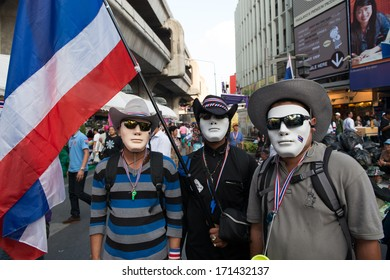 14 JANUARY 2014 - BANGKOK : Masked anti-government protester at Patumwan intersection during ongoing rallies in Bangkok on January 14, 2014.