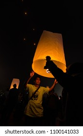 15 may 2014, Magelang, Indonesia : Participants releasing lanterns over the Borobudur temple in Magelang, Central Java during Vesak/Waisak Day celebrations