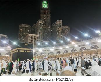 15/07/2019 :. Mecca, Saudi Arabia : Amazing scene at the Tawaf Square featuring Kaabah, Masjidil Haram where pilgrims all around the world begin their Haji and Umrah for 1440H, Mecca, Saudi Arabia.