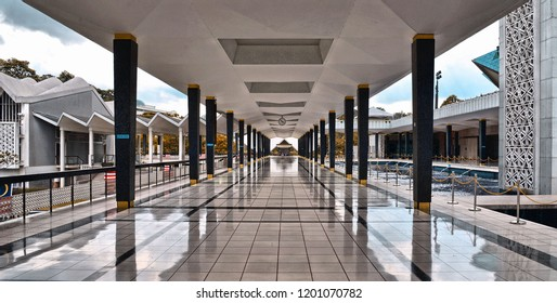 15.08.2017. Kuala Lumpur Malaysia. modern construction with black marm columns with reflections inside national mosque in Kuala Lumpur