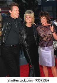 "15MAR98:  ""Grease"" stars OLIVIA NEWTON JOHN, STOCKARD CHANNING and JEFF CONAWAY at 20th anniversary re-premiere of ""Grease"" at Mann's Chinese Theatre, Hollywood."