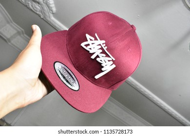 cd535059 16 july 2018 modern version of snapback hat at home Kuala Lumpur Malaysia