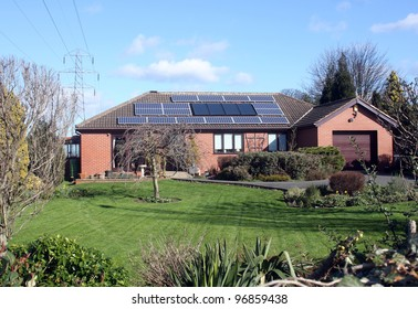 16 Solar Panels on Bungalow Roof in UK