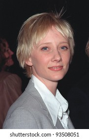 "16MAR99:  Actress ANNE HECHE at the world premiere of ""EDtv.""  Paul Smith / Featureflash"