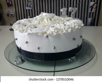17 Year Birthday Cake