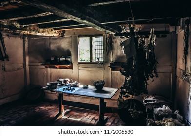 1700s English Farm Kitchen - Frontier Culture Museum, VA