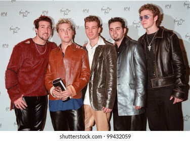 17JAN2000: Pop group NSYNC at the American Music Awards in Los Angeles.  Paul Smith / Featureflash