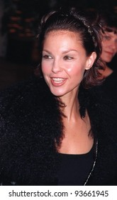 """17NOV97:  Actress ASHLEY JUDD at the premiere of """"Midnight in the Garden of Good & Evil."""""""