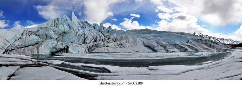 180 deg. wide-angle glacier panorama in Alaska