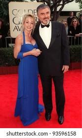 18JAN98:  Actor BURT REYNOLDS & girlfriend PAM SEALS at the Golden Globe Awards.