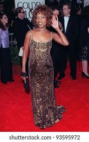 18JAN98:  Actress ALFRE WOODARD at the Golden Globe Awards.