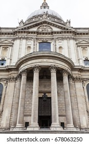 18th century St Paul Cathedral, London, United Kingdom. It is an Anglican monumental cathedral, the seat of the Bishop of London
