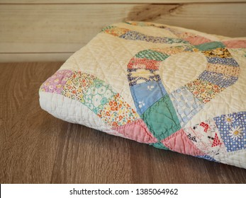 1930s Vintage Wedding Ring Hand Quilted Quilt