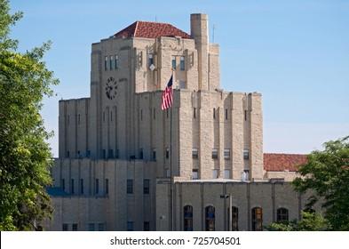 1930s water treatment building milwaukee wisconsin art deco style limestone exterior