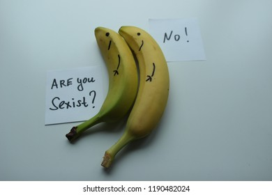 2 Bananas on white background. Cards with text : Are you sexist ? No !