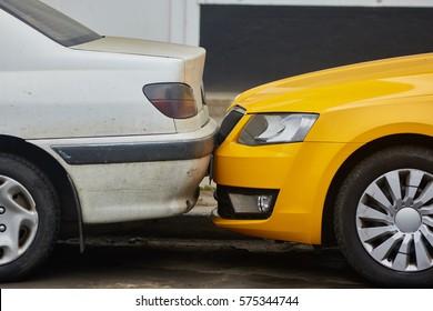2 cars crashed