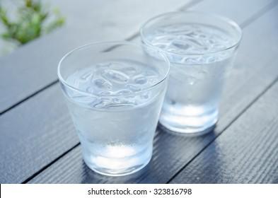 A cold orange juice drink #cartoon #clipart #vector #vectortoons #stocki  #benefits of drink water #cartoon #clipa… in 2020 | Orange juice drinks,  Juice drinks, Orange juice