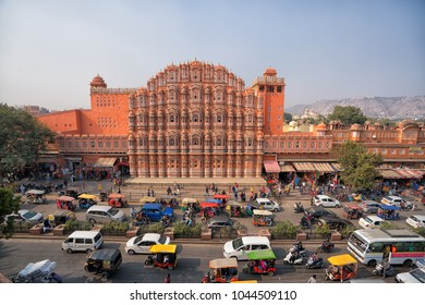 2 Jan 2018 : Hawa Mahal - Palace of Winds , Landmark of Jaipur